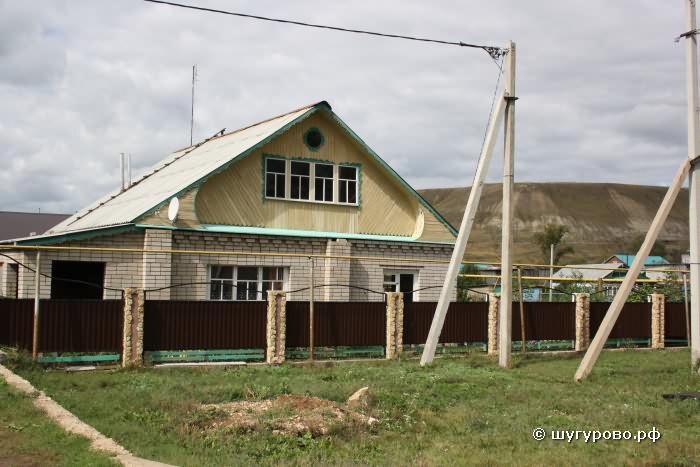 Дома в деревне Шугурово Лениногорский район