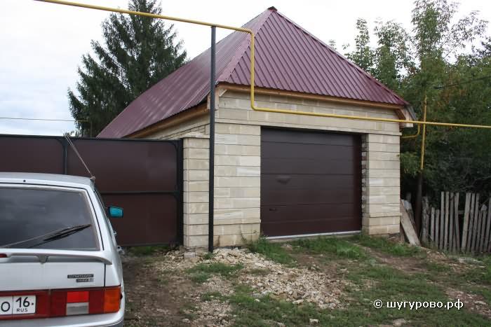 Красивый гараж в деревне Шугурово Лениногорский район